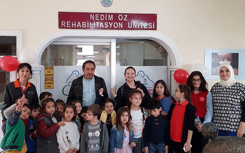 Öğrenciler rehabilitasyon merkezinde
