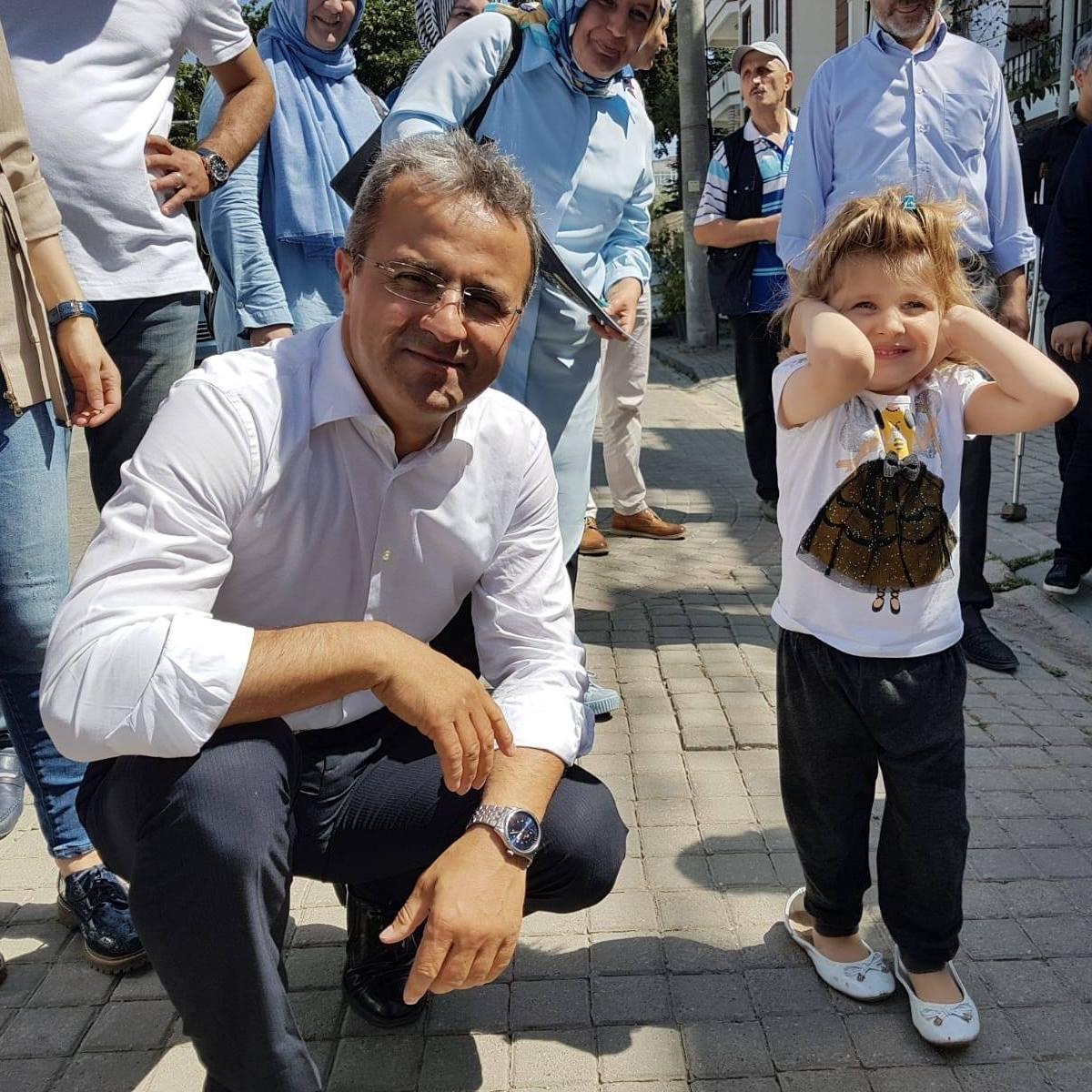 Hasan Özçelik: